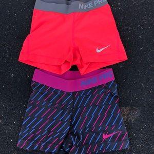 2 Nike pros